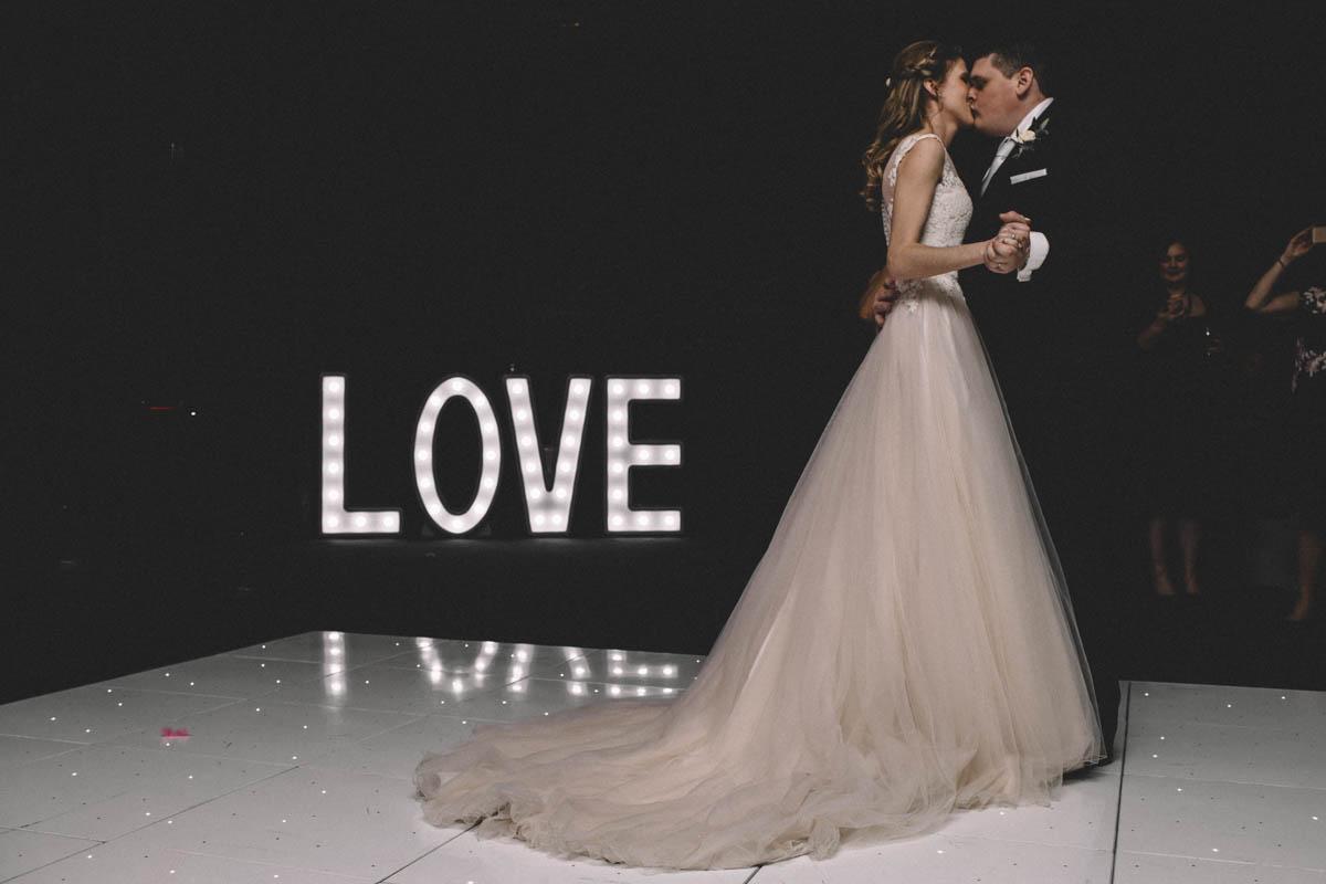 first dance farnborough wedding photography